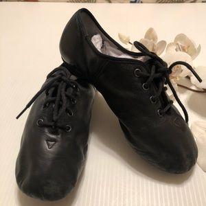 Leo's Jazz Dance Slip-on Shoes Size 3.5/4